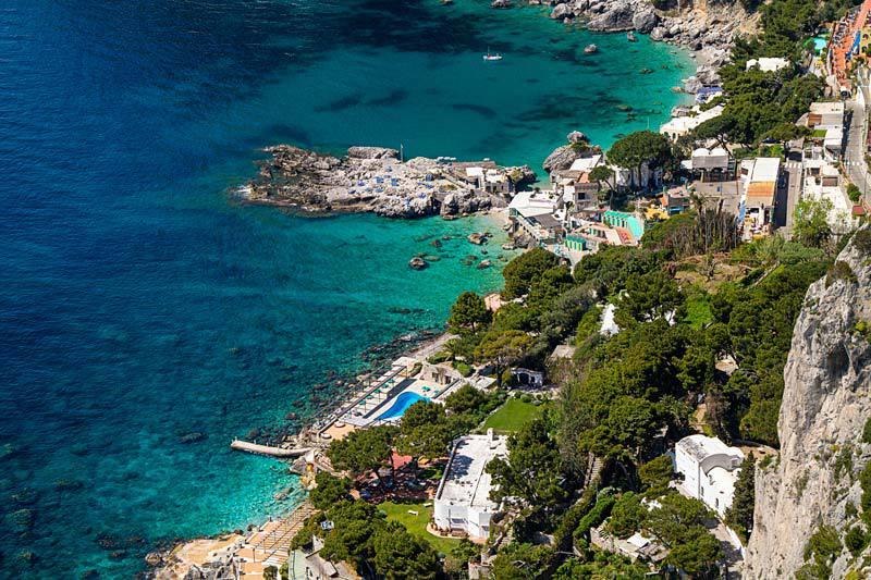Isle of capri officine italia for Isle of capri tours