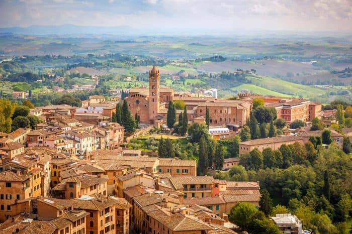 Day trips from Rome: Tuscan hilltowns, castles and vineyards